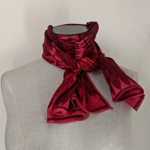 Vera Vintage pink burgundy feather retro scarf